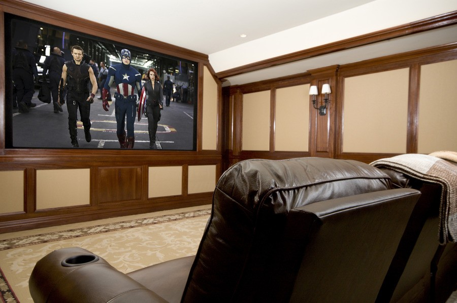 living-is-easy-and-entertaining-with-a-home-av-system